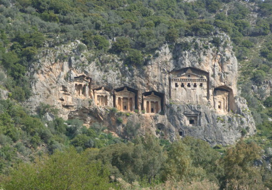 Rock tombs2