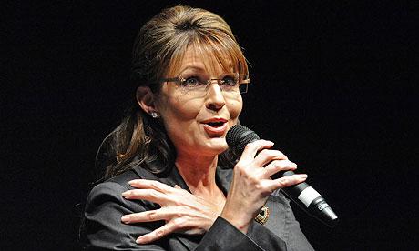 Sarah-Palin-addresses-a-9-006