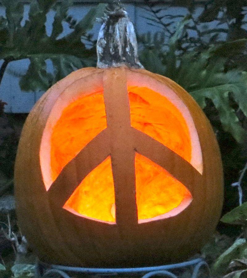 PEACE PUMPKIN 6