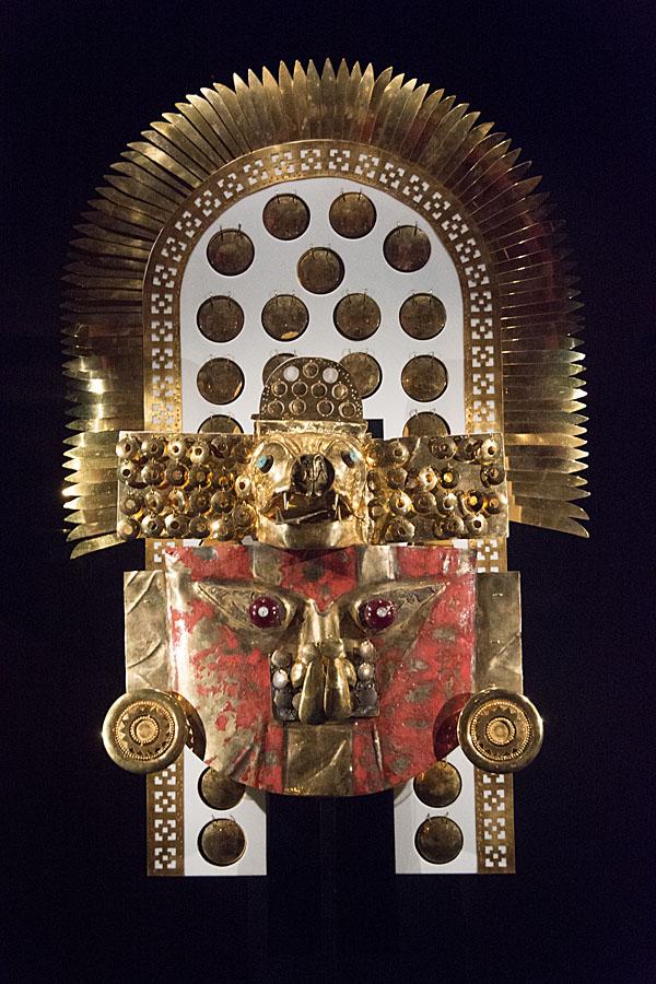 11-Sipan gold headress
