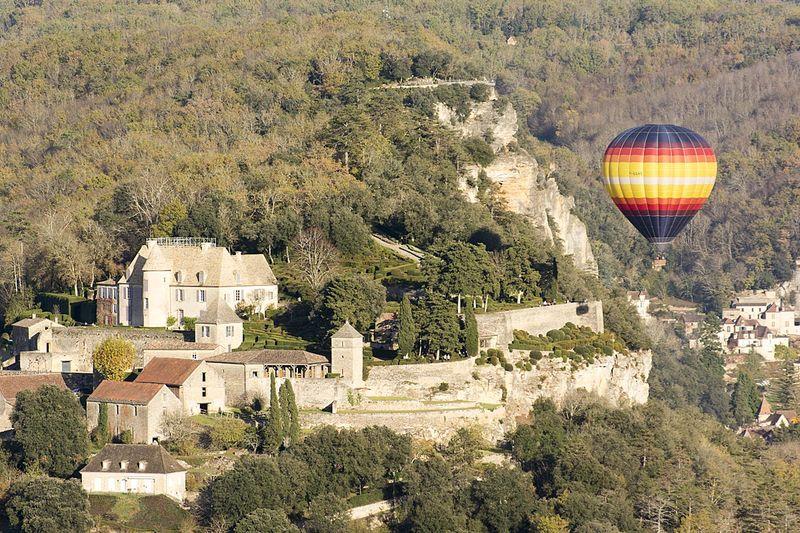 8-balloon over Marquessac