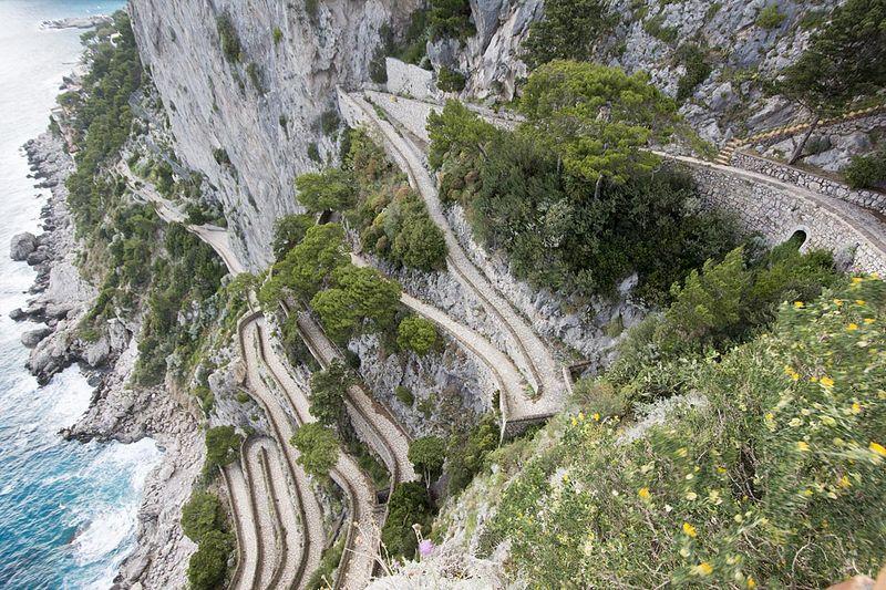 25-Capri