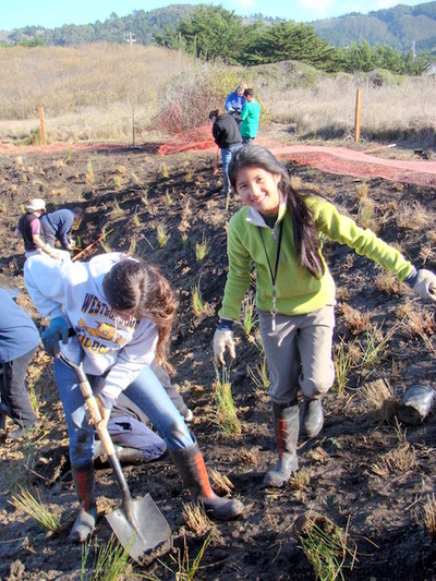 Mp_tall_kids_outplanting_12_8_200_2