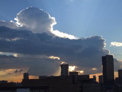 Downtown_pretoria_skyline_at_sunset