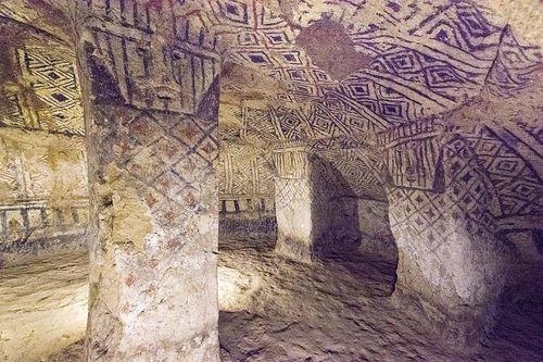 11-Tierradentro tomb
