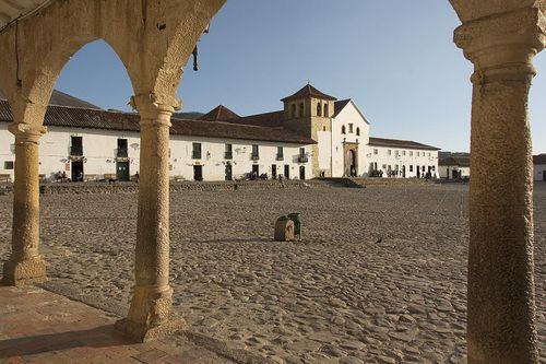 9-Villa de Leyva Plaza