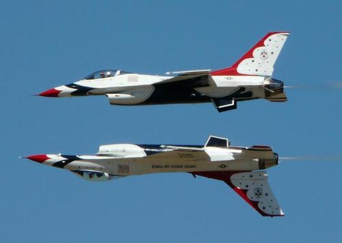 Thunderbirds259203340_std