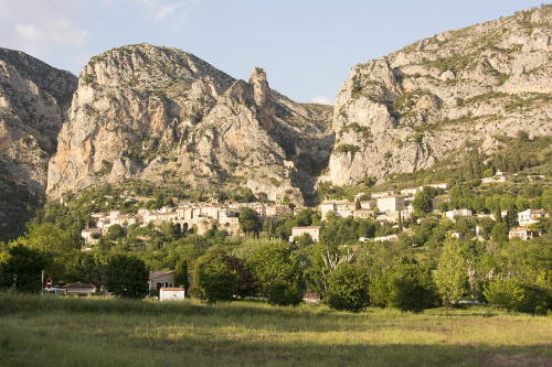 27-Moustiers Stainte Marie