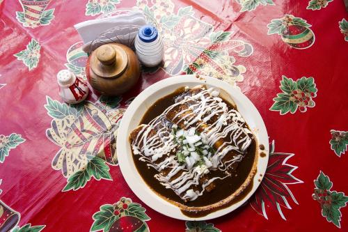 Mexico 30 San Cristobal enchiladas en mole